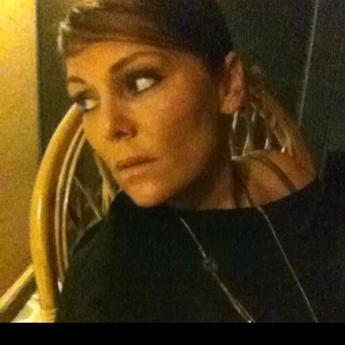 Daniela Juliette Belser's avatar