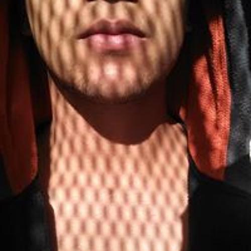 Melek Berry's avatar