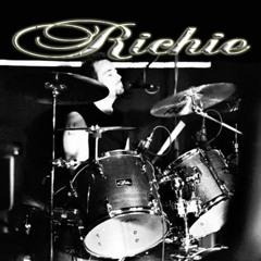 Richard Hutchinson 9