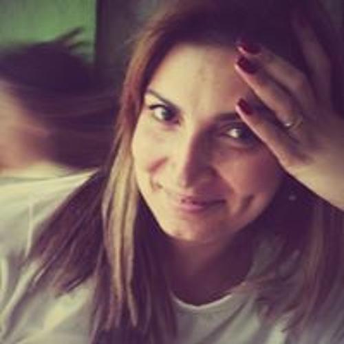 Ariane Cabral 1's avatar