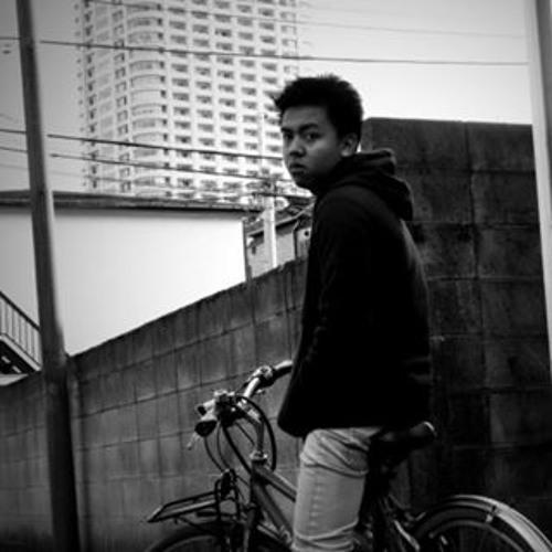 Nyi Phyo's avatar