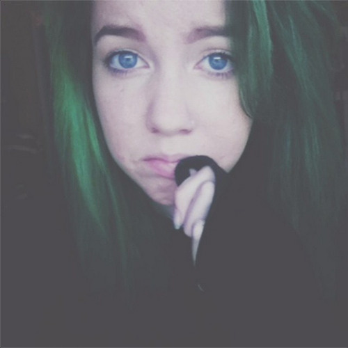 LilyNeal_'s avatar