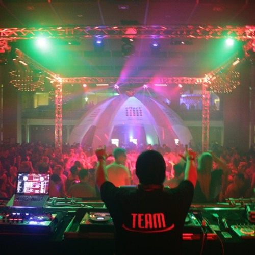 DJ Seri's avatar