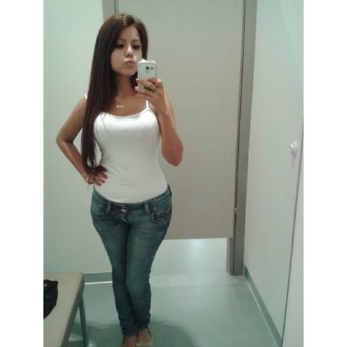 Andreea Hernandez's avatar