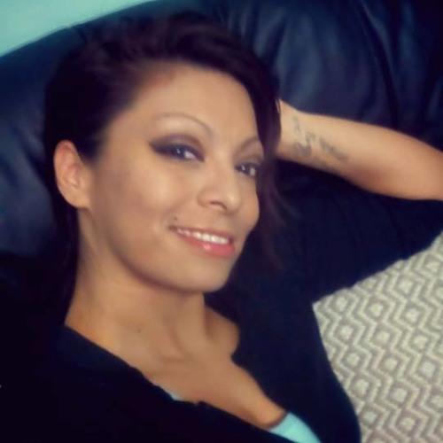 Ana Machiine H'dez's avatar