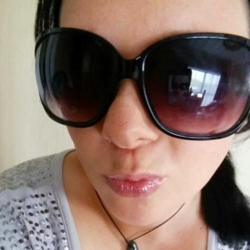 Nadia Morgan 3's avatar
