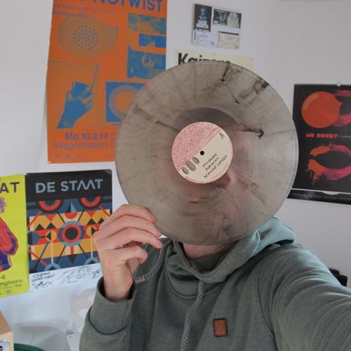 Steppen Hahn's avatar