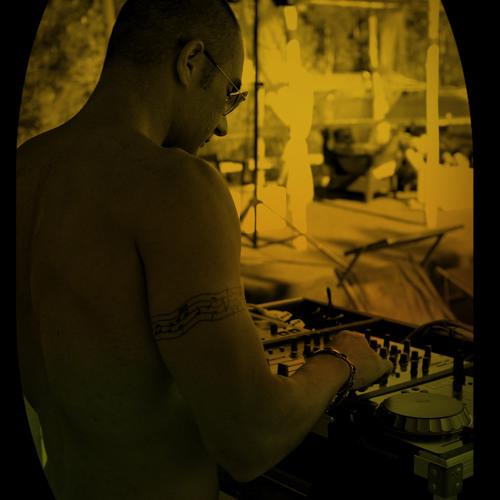 Francesco Raimondo DJ's avatar
