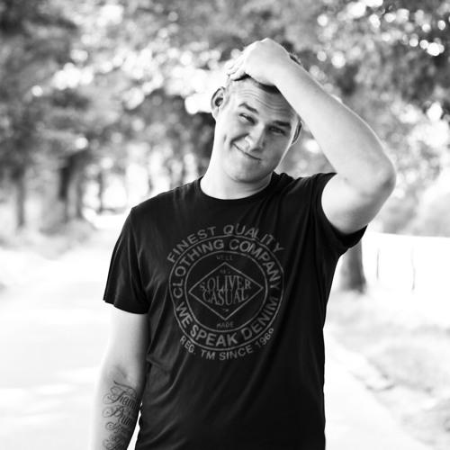 Calvino Vmann's avatar