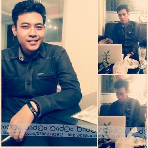 Faizal Folidifly's avatar
