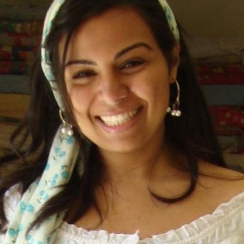 Dina Tobia's avatar