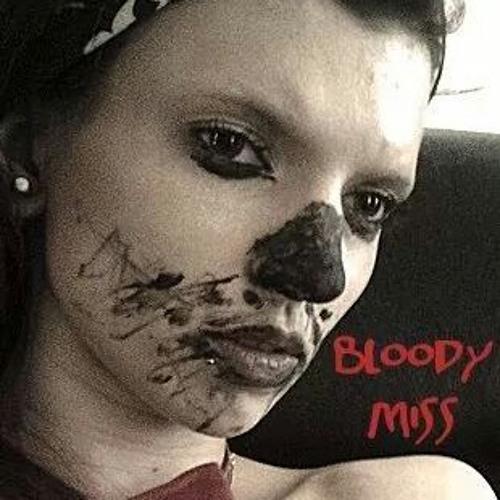 bloody.miss aka roxy's avatar