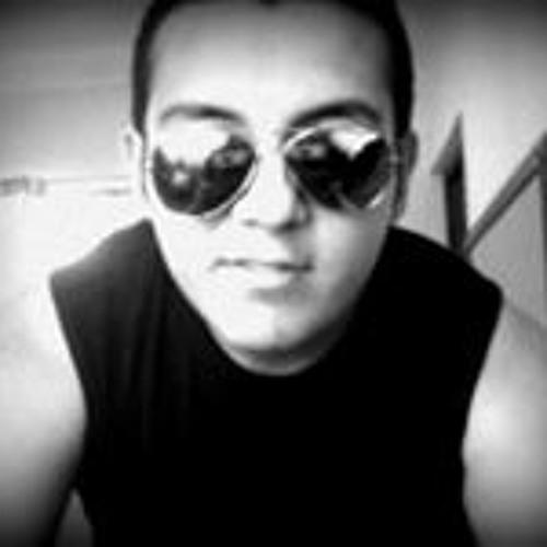Valentino Fernandez 2's avatar
