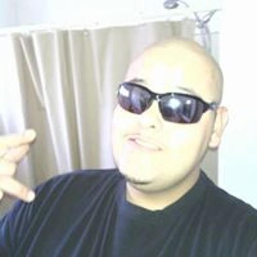Eber Fha-que Flores's avatar