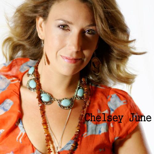 Chelsey June's avatar