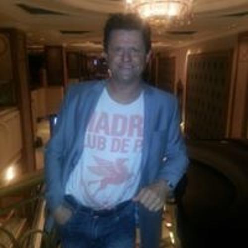Simon John Targett's avatar