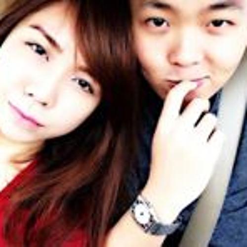 Alex Chua 19's avatar