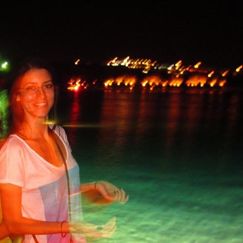 zeynep belli's avatar