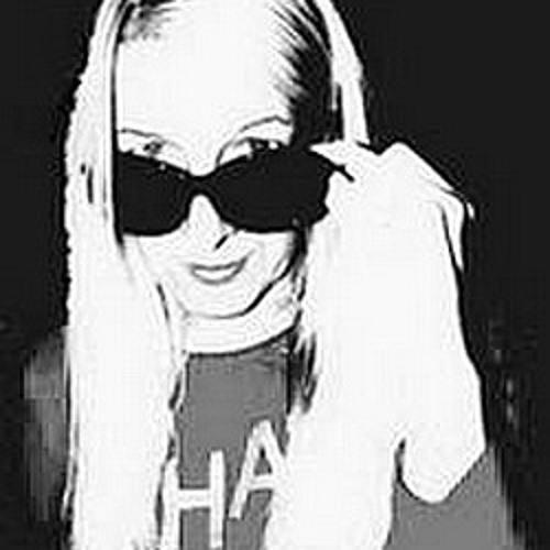Ilona Sc's avatar