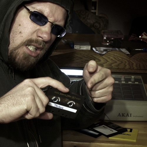 ZH (Christian Gleinser)'s avatar