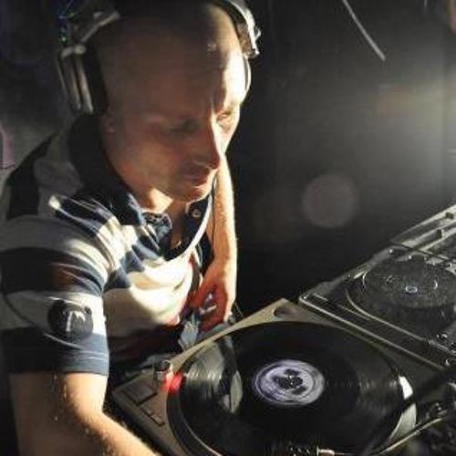DJ Dill Pickles's avatar