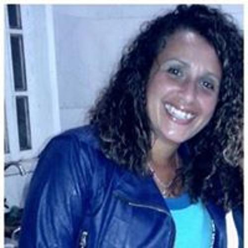 Ana Paula Procidonio's avatar