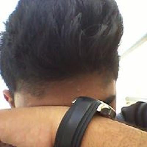 Ashfaq Farreedan's avatar