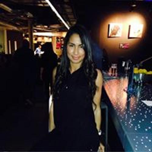 Isabelle Godinez's avatar
