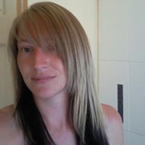 Vikki Hooper's avatar