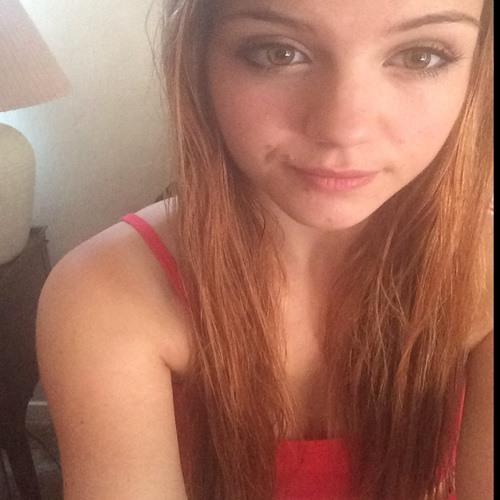 Nicolette Tomcik's avatar