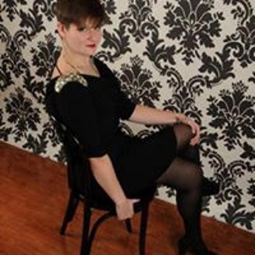 Kat Kline's avatar