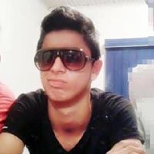 Henrique Lopes 84's avatar