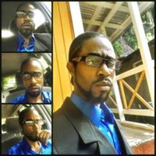 Douglas Savage Jr.'s avatar
