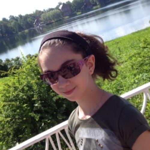 mona la's avatar