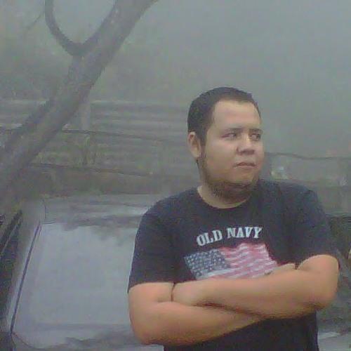 Luis Estrada 61's avatar