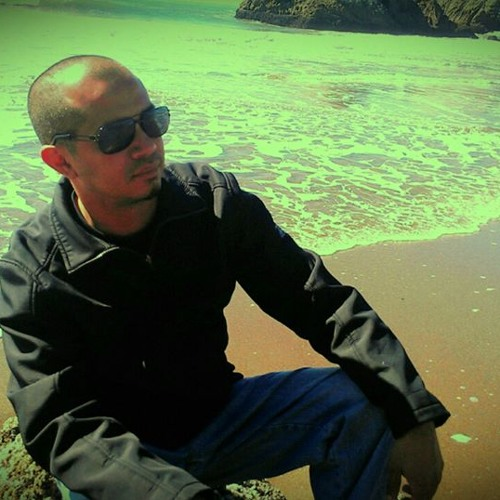 Manny Acevedo's avatar