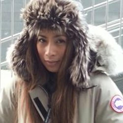 Chere Navarro's avatar
