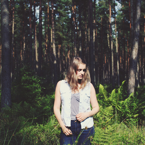 Louise Bichan's avatar