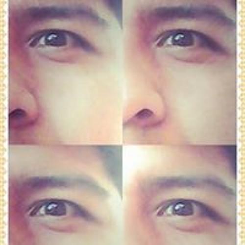 Isaias Shantiago's avatar
