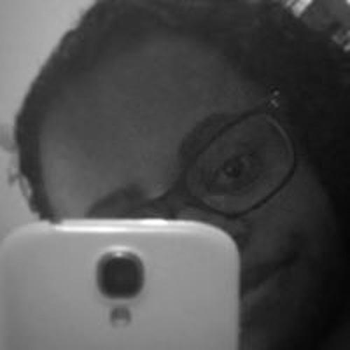 Kiara Esteves's avatar