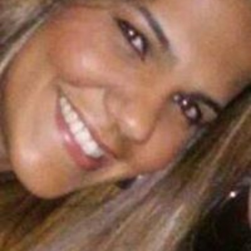Fabiana Rodrigues 52's avatar