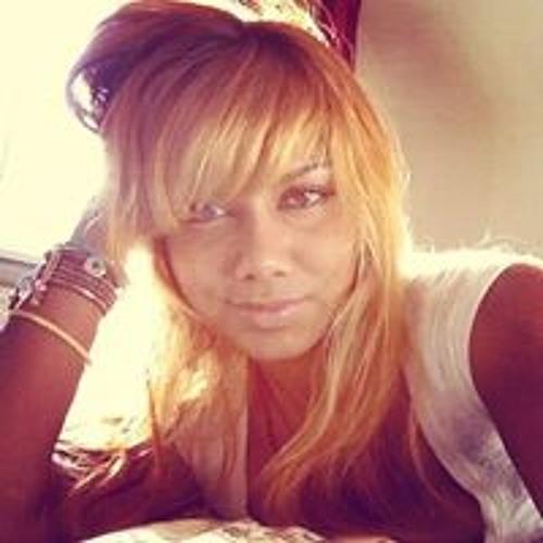 Ariani Rae's avatar