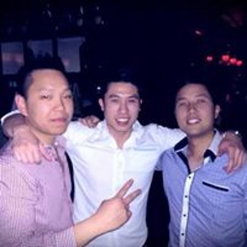 Elv Nguyen's avatar