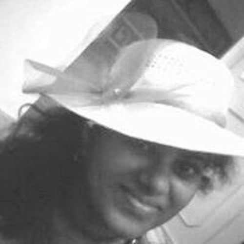 Divya Balaji 1's avatar