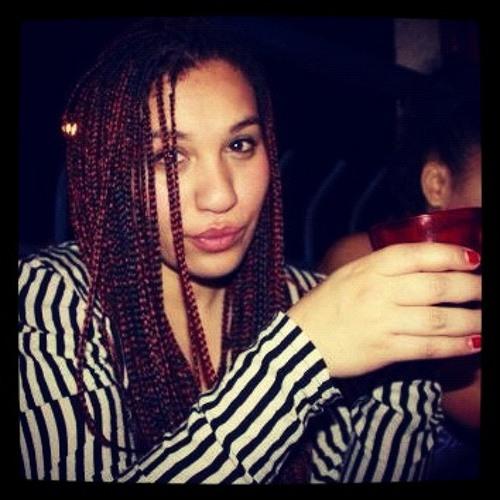 Lila Mch's avatar