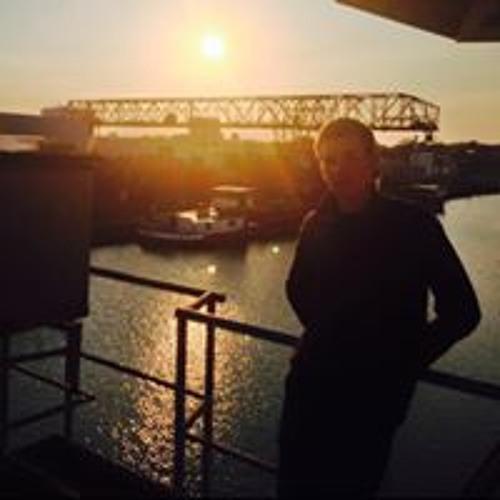 Denis Makarov's avatar