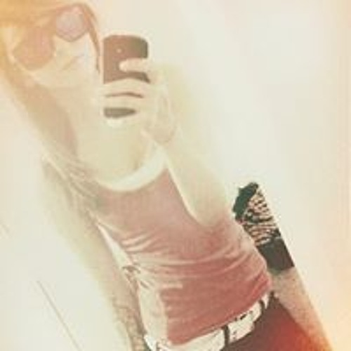 Courtney Williams 147's avatar