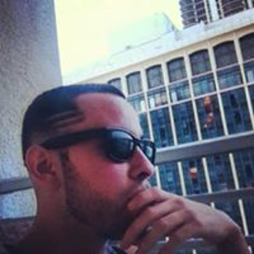 Carlos 'Charlie' Fuentes's avatar