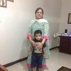 Binish Khan 3