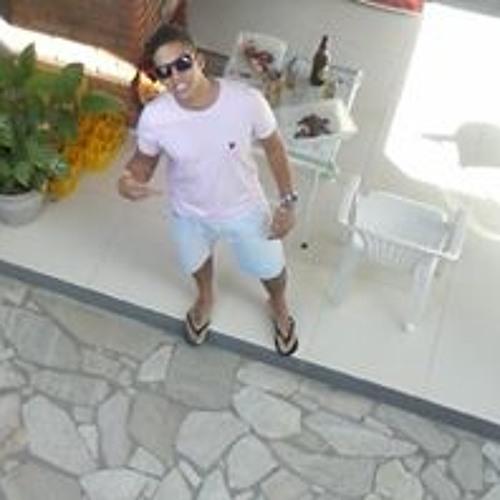 Ale Souza 16's avatar